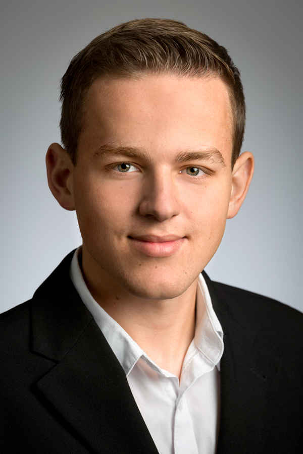 Wolfgang Gratz